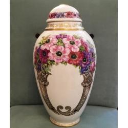 Vase...